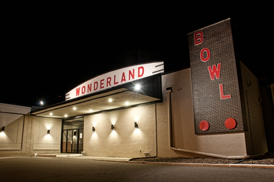 Wonderland Lanes06