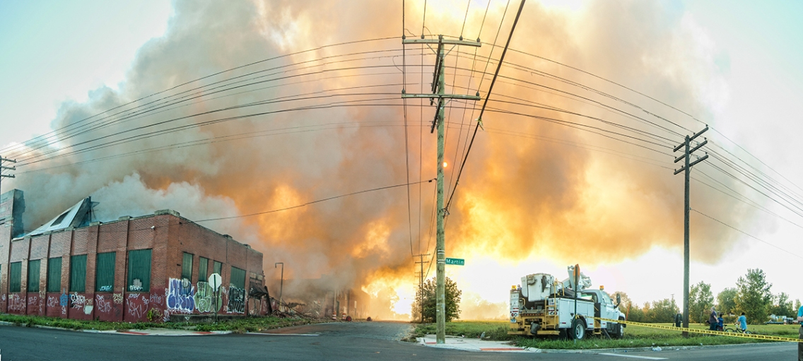 2013-9-26_Detroit Fire_Panorama1